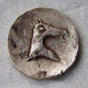 Reproducción en plata de un calco hispanocartaginés 83391695